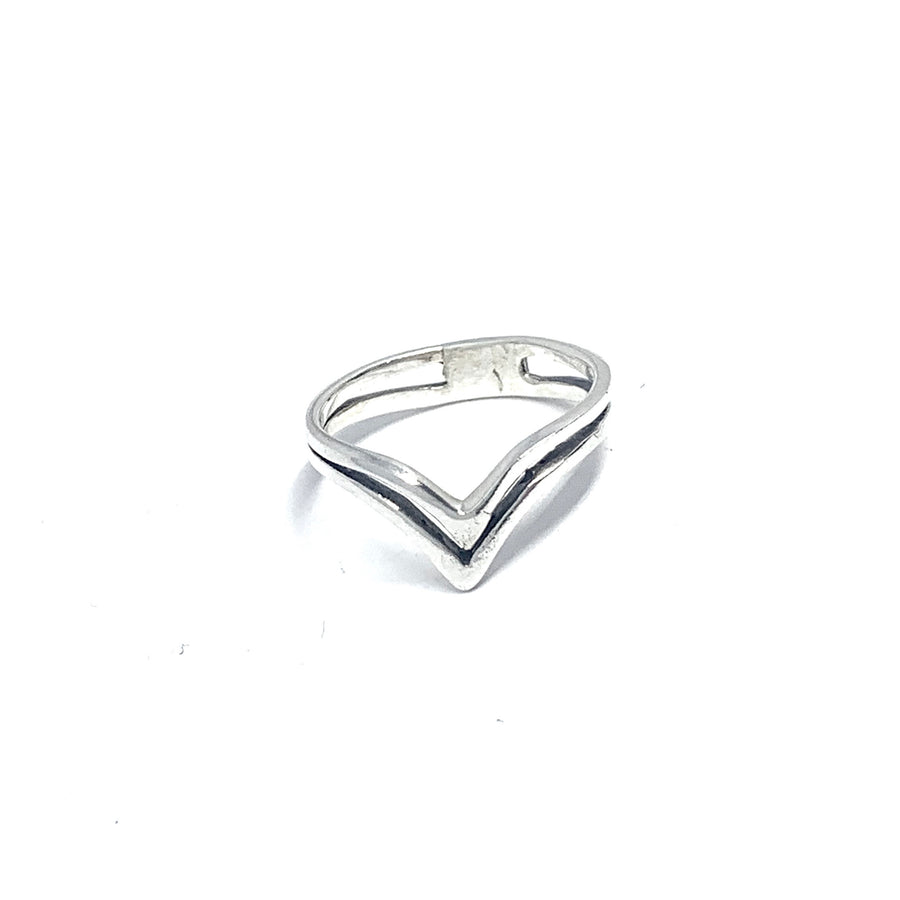 THE STERLING SILVER DOUBLE V RING