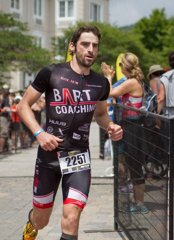 Bart Coaching runing during an ironman