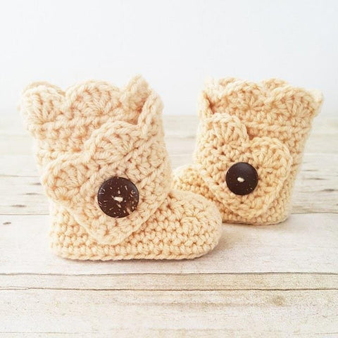 Crochet Pattern Baby Scalloped Boots Booties Slippers Shoes Infant Newborn Baby Handmade PDF Instant Download