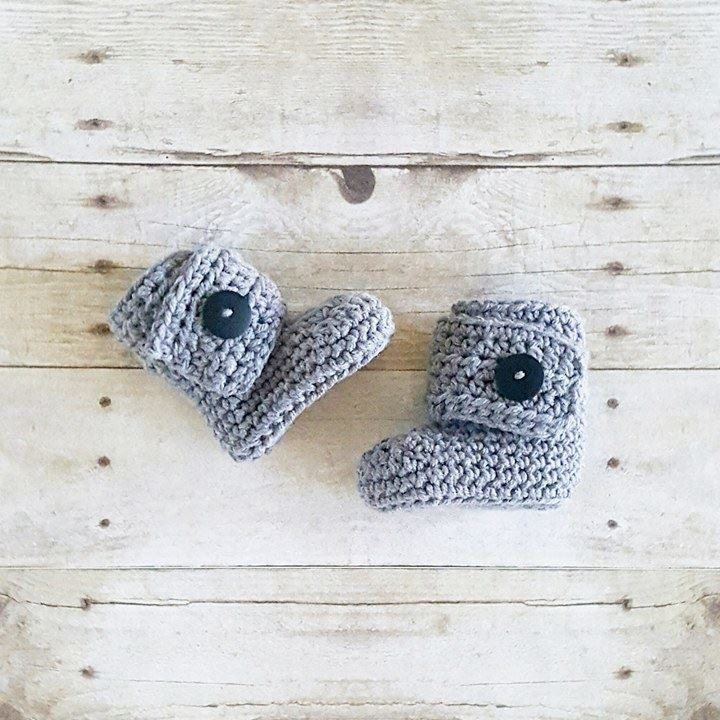 Crochet Baby Boots Wrap Button Booties Shoes Slippers Handmade Footwear Fall Winter Accessory