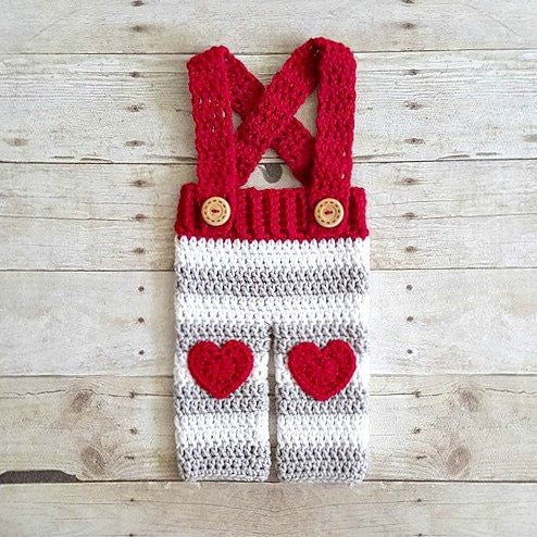 Crochet Baby Valentine's Day Striped Overalls Heart Pants Infant Newborn Baby Photography Photo Prop Handmade Baby Shower Gift Present