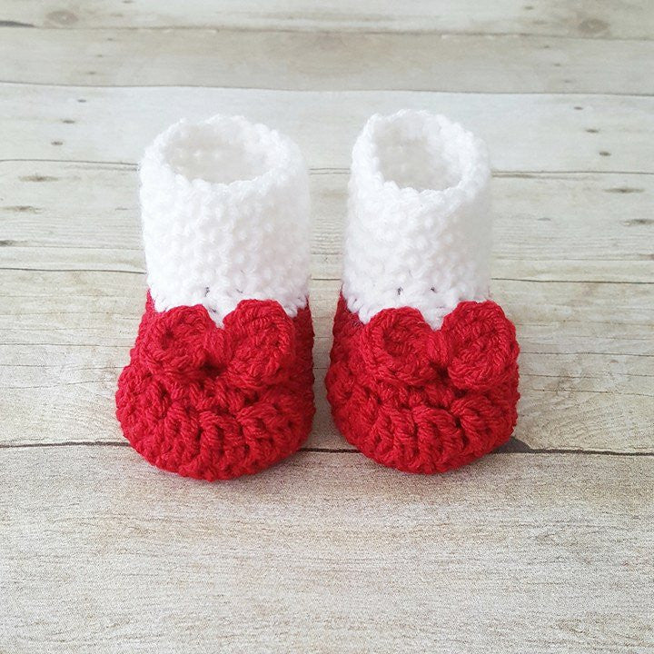 Crochet Baby Dorothy Wizard of Oz Ruby Red Slippers Shoes Booties Bow Toto Infant Newborn Baby Photography Photo Prop Baby Shower Gift - Red Lollipop Boutique