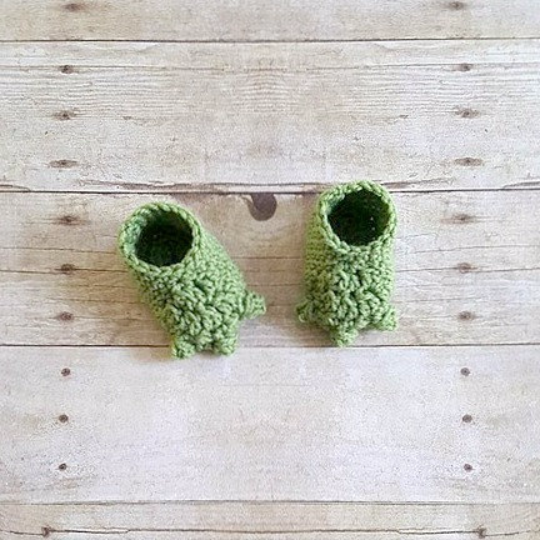 Crochet Baby Yoda Star Wars Set Hat Beanie Diaper Cover Robe Shirt Shoes Slippers Booties Newborn Infant Photography Photo Prop Handmade