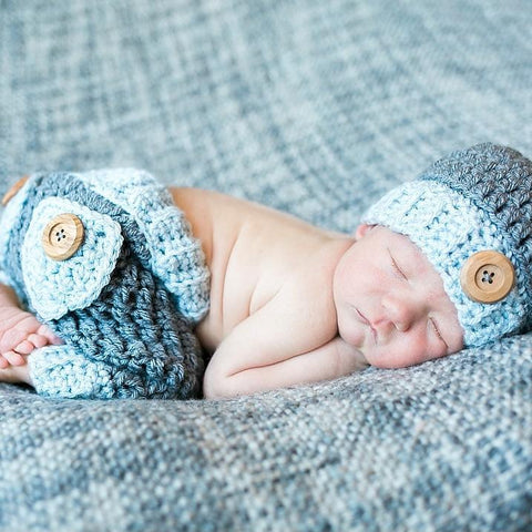 Crochet Baby Button Hat Pants Set with Pockets Diaper Cover Infant Newborn Baby Beanie Photography Photo Prop Set Baby Shower Gift Handmade