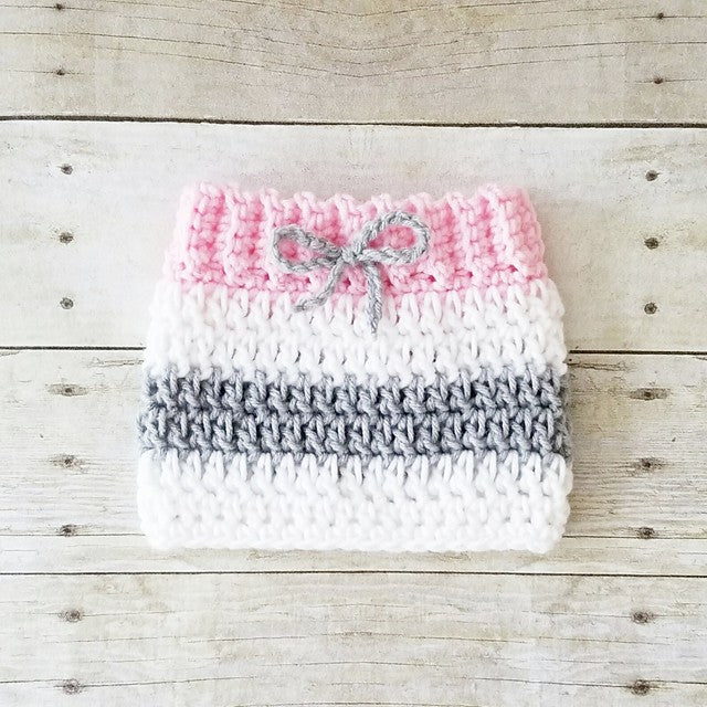 64aa201a28b ... Crochet Baby Girl Valentine s Day Heart Beanie Hat Skirt Set Striped  Stocking Cap Infant Newborn Baby ...