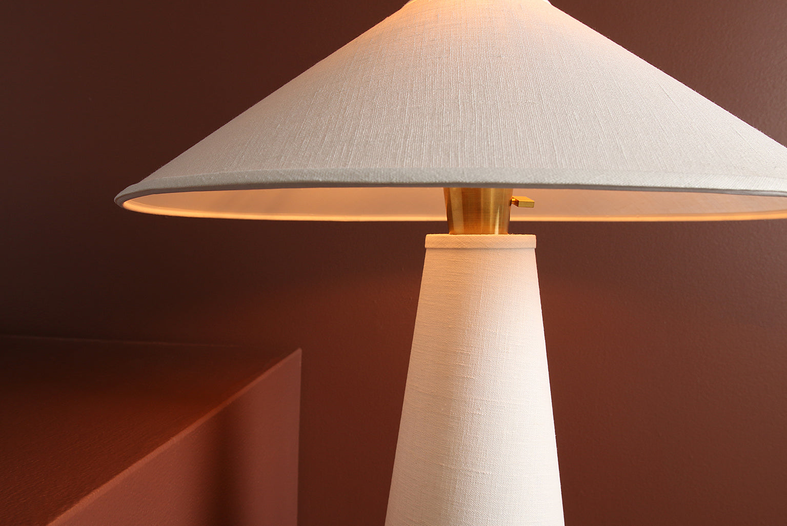 Linden Table Lamp in Cream Linen, Walnut Base, and Brass Details