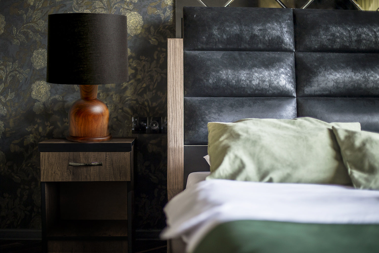 Contemporary hospitality bedroom with Beacon Table Lamp by Studio DUNN in Walnut and Black Linen