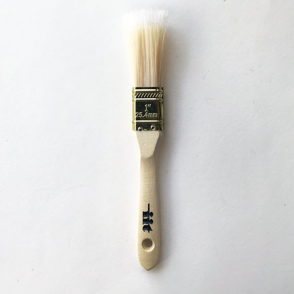 Polyester Paintbrush with Gold-Colored Ferrule