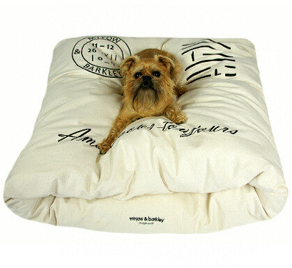 Miyow & Barkley 100% Raw Cotton Snuggle Pod (Vintage Design) - Smitten Pets - 1