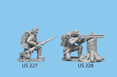 US-227 Berdan's Sharpshooters / Group three / Kneeling and Reaching for Cartridge