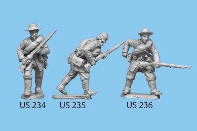 US-235 Berdan's Sharpshooters / Group four / Advancing / Rifle in both hands, crouched down
