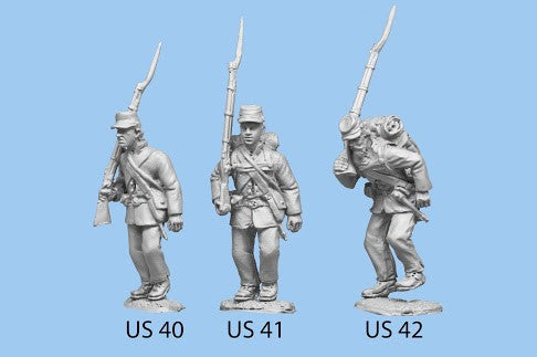 US-42 Union Infantry in Sack Coats / Backpack / Advancing / Rifle on Shoulder