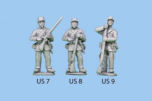 US-8 Union Infantry in Sack Coats - Standing and Reaching for a Cap / Rifle Grounded