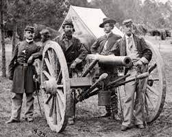 Limbers and Cannons - 2 limbers, 2 Armstrong rifles, with drivers, 4 crew, 4 horses