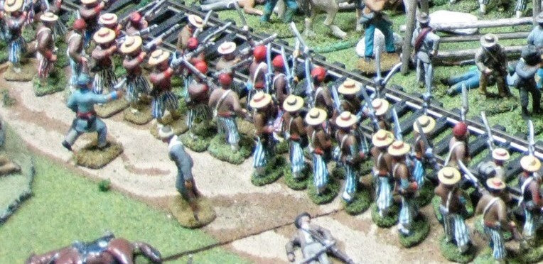 8 Figures - Zouaves - Straw hats - Advancing - Use for U.S. or C.S.