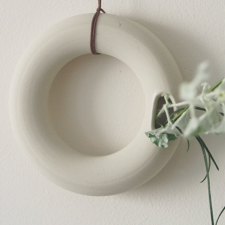 Sprig Wheel - White