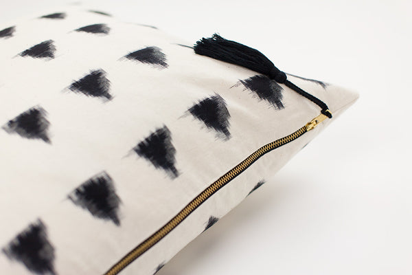 Lulu Triangle Cushion - Ondine Ash