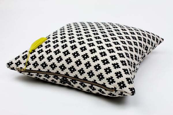 Lulu Pop Tassel Cushion