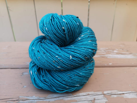 Nacreous Tweed Fingering Weight Yarn