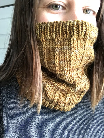 Squeezie Hug Cowl Pattern