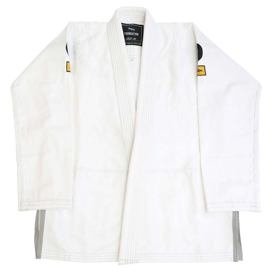The Foundation Ladies Kimono - White