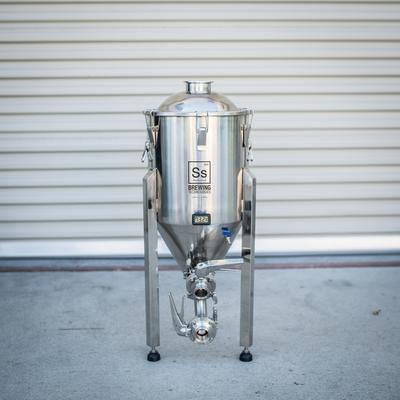 SS Brewtech Conicals & Stainless Fermenters 7 gal Chronical Brewmaster Edition Fermenter
