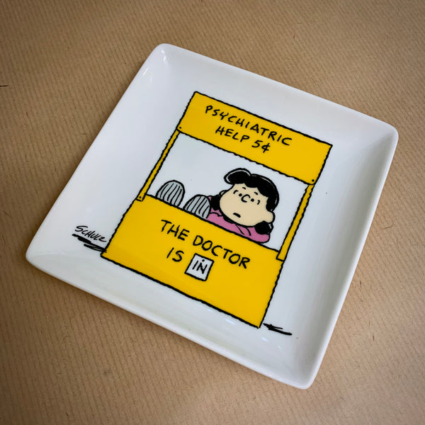 Peanuts (Snoopy) 'THE DOCTOR IS IN' Trinket Tray - mylesfromhome.co.uk