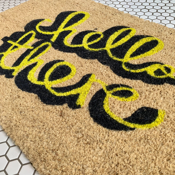 Cheerful Welcome Door Mat - HELLO THERE (Yellow) - mylesfromhome.co.uk