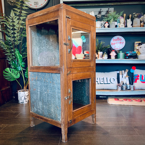 Vintage Wooden Display Cabinet - mylesfromhome.co.uk