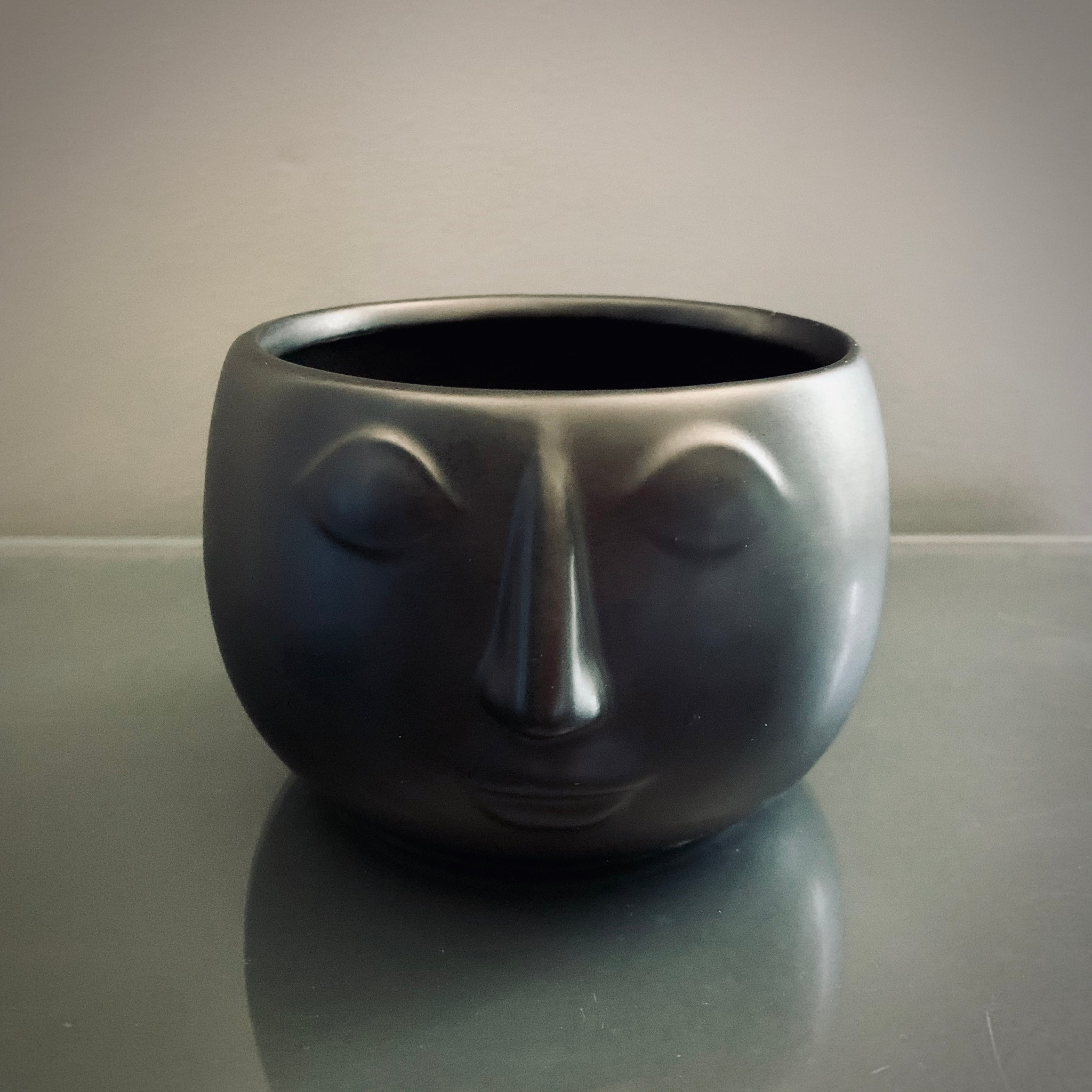 Heads Up Planter: Black - mylesfromhome.co.uk