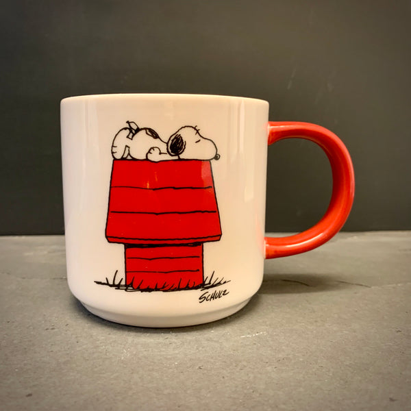Peanuts (Snoopy) 'I THINK I'M ALLERGIC TO MORNINGS' Mug - mylesfromhome.co.uk