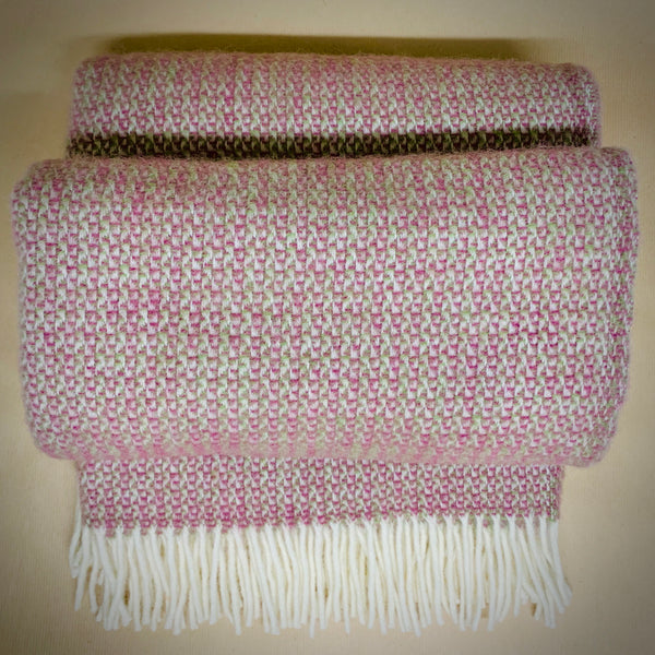 Illusion Wool Throw - Raspberry - mylesfromhome.co.uk