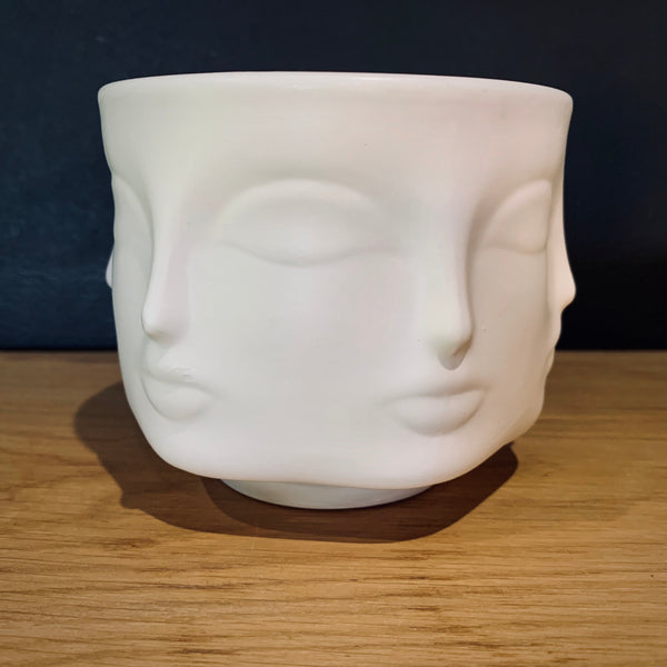 Eternal Gaze Potted Candle - mylesfromhome.co.uk