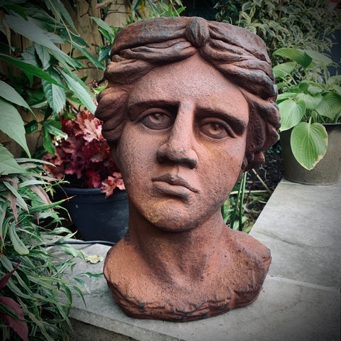 Antique Rusted Classical Head Planter - mylesfromhome.co.uk