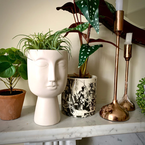 Pagan Planter / Vase in Black or White - mylesfromhome.co.uk
