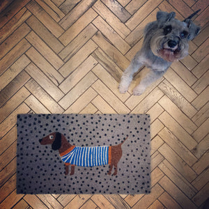 Cheerful Welcome Door Mat - SAUSAGE DOG (Grey) - mylesfromhome.co.uk