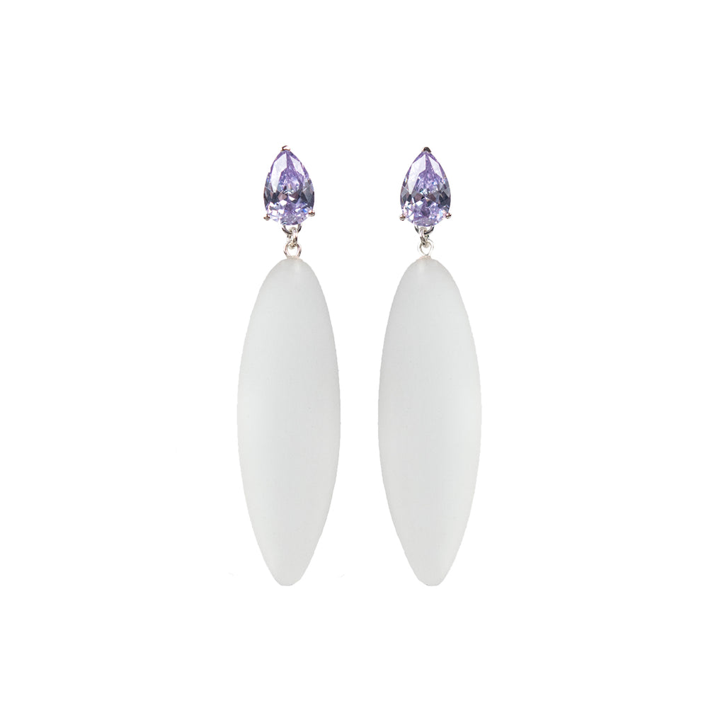 Nymphe earrings with lavender stone and translucent rubber