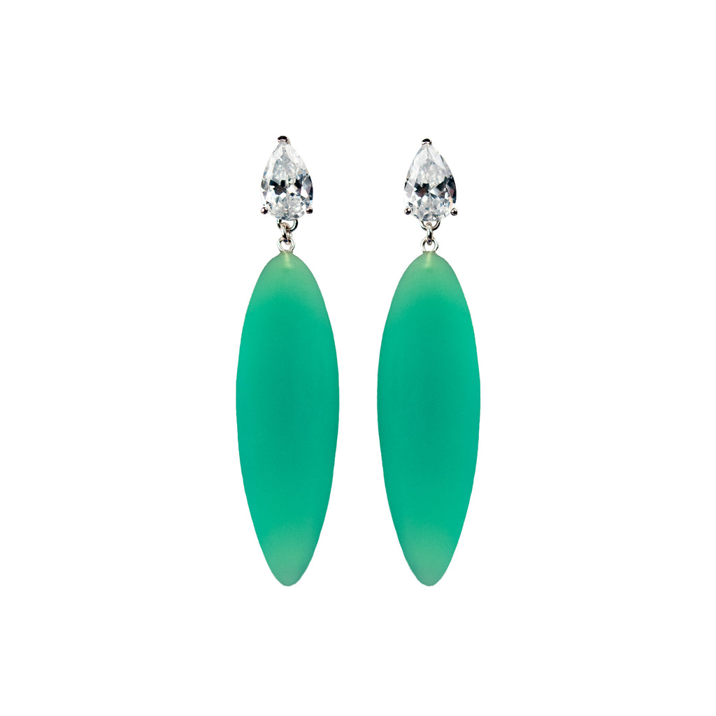 Nymphe earrings with white stone and light green rubber