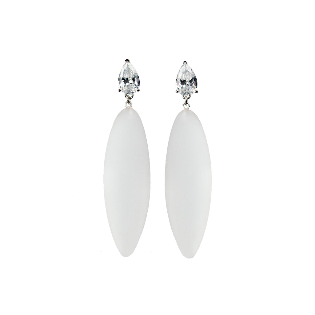 Nymphe earrings with white stone and translucent rubber