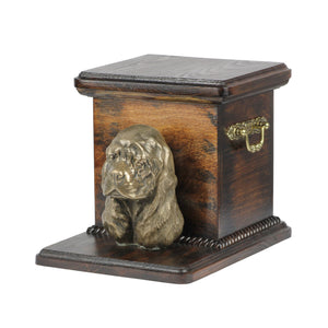 Beautiful  wood casket cremation  urn for dog's ashes with  standing statue English Springer  Spaniel (99) - unique.urns_caskets