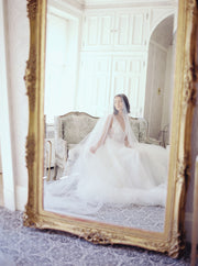 AMELIE | Bridal Veil with Blusher - Noon on the Moon
