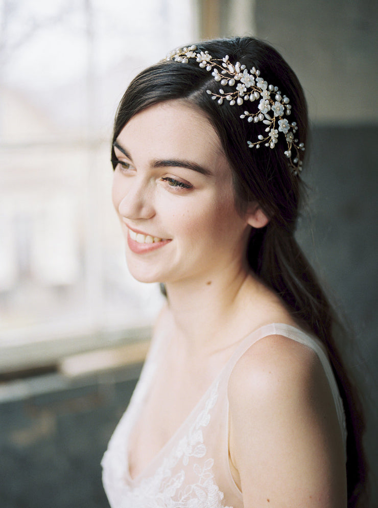 AYAME | Floral Wedding Headpiece - Noon on the Moon