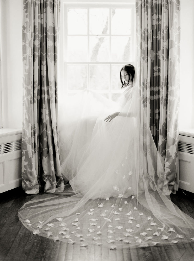 CAMILLE | Floral Wedding Veil - Noon on the Moon