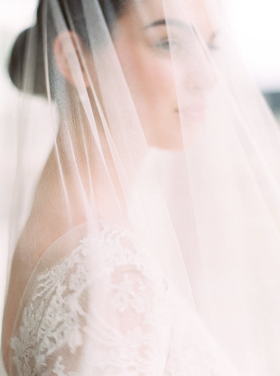ELIZABETH | English Silk Tulle Wedding Veil