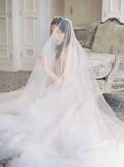 ELIZABETH | English Silk Tulle Wedding Veil - Noon on the Moon