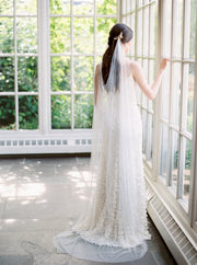 EVELYN | Draped Wedding Veil - Noon on the Moon