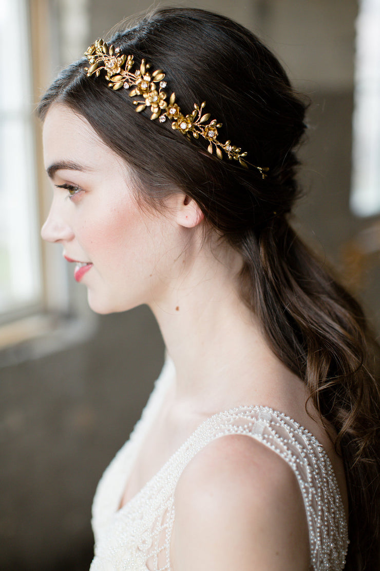 Genevieve gold flower crown noon on the moon genevieve gold flower crown izmirmasajfo