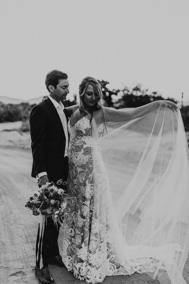VALENCIA | Wedding Cape | Noon on the Moon