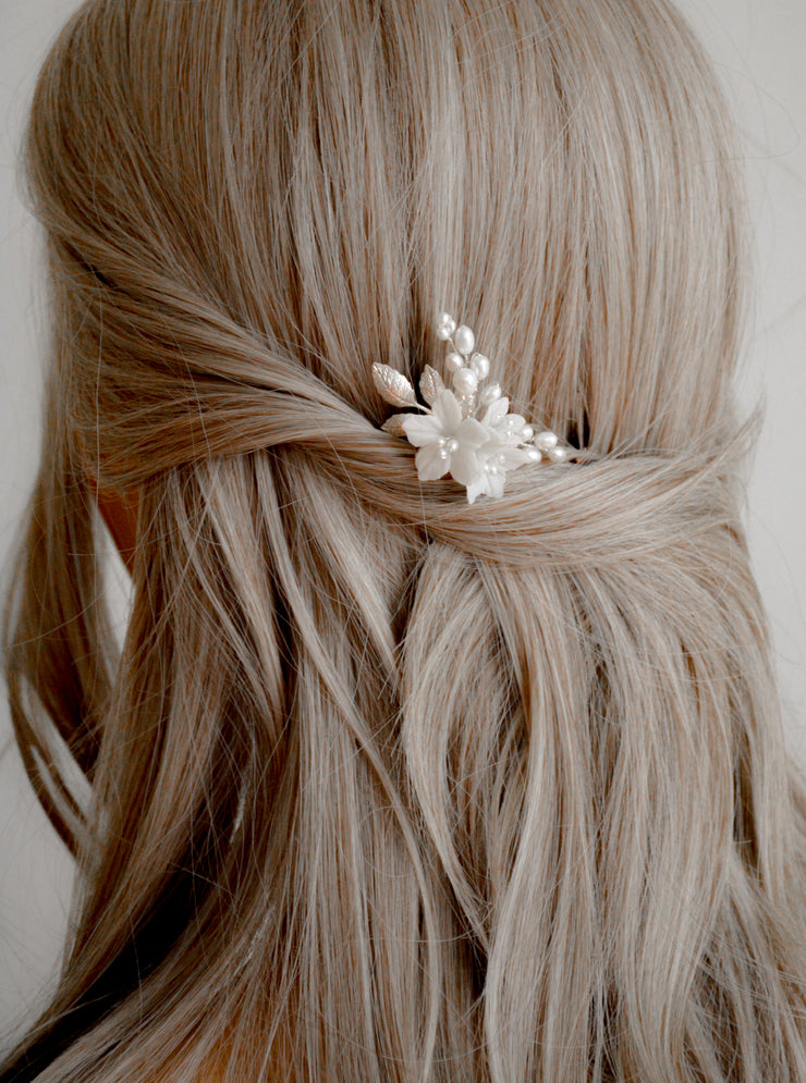 LILI | Floral Wedding Hair Pin - Noon on the Moon