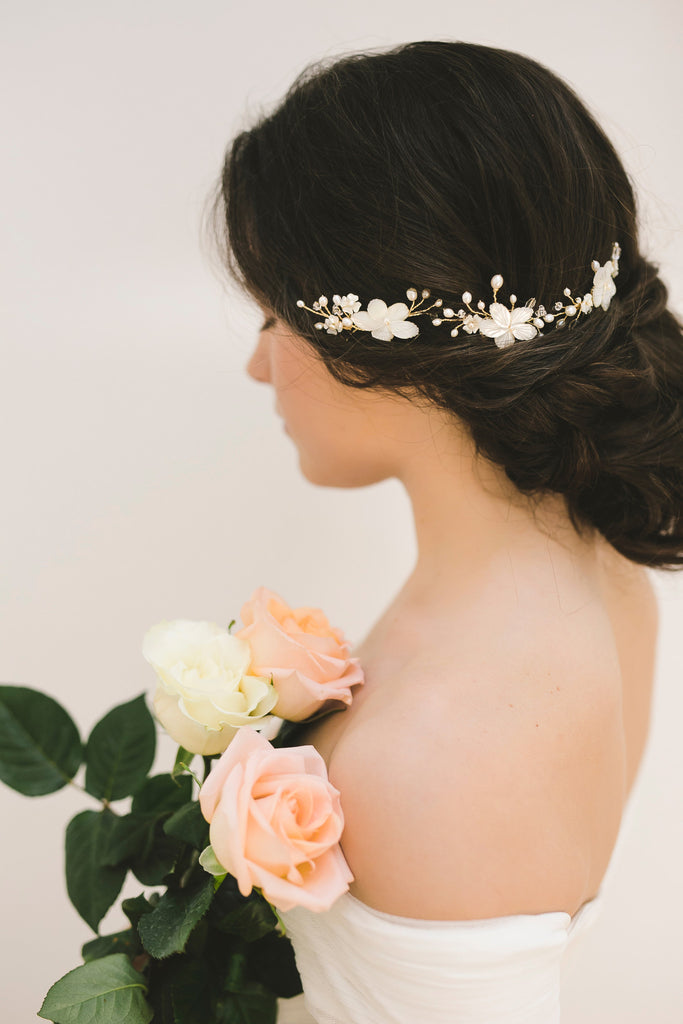 FLORIE Bridal Hair Combs | www.noononthemoon.com | Noon on the Moon Bridal | Wedding Hair Accessories